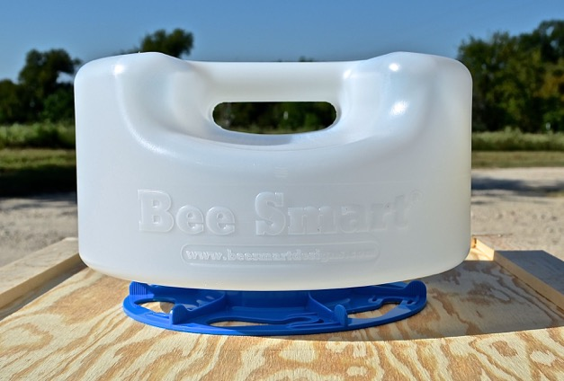 Bee Smart Ultimate Hive Top Feeder