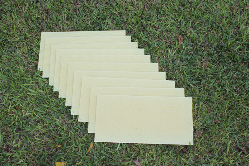 "8 1/2"" Waxed Rite-Cell Foundation Sheets Natural"